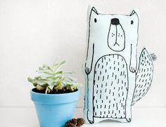 """Niedliches Kissen """"Foxy the Dog"""" / cute cushion """"foxy the dog"""" by HerrPfeffer via DaWanda.com"""