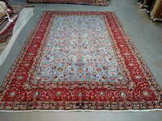 Persian Rug - 1970s Vintage, Room-Sized Kashan Rug (3570) by carpetshopprincess on Etsy