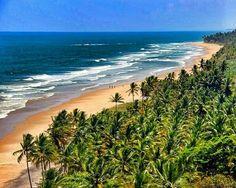 Itacaré: a place where amazing things happen!  View of Itacarezinho Beach, Itacaré, Brazil. Photo by liviajando via Instagram #amitrips #travel #brazil #beach