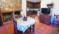 Casa rural con chimenea en Alcalá del Júcar