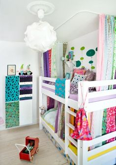 Love the curtains idea for the girls' bunkbeds