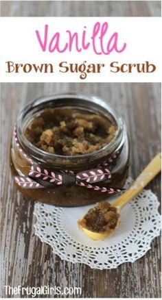 Could your hands and feet use a little TLC? Or are you looking for another fabulous Gift in a Jar? This Vanilla Brown Sugar Hand and Foot Scrub will have your hand and feet feeling ultra smooth in. Homemade Scrub, Diy Scrub, Homemade Gifts, Homemade Recipe, Spa Recipe, Recipe Gift, Lotion Recipe, Homemade Facials, Hand Foot And Mouth