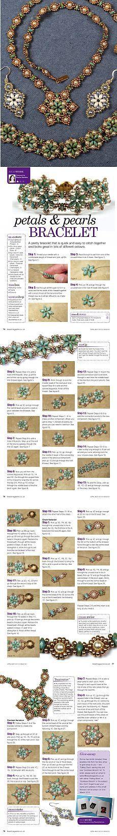 Collares, pendientes, una pulsera de perlas y superduo