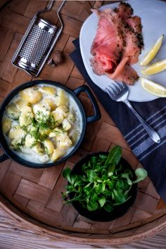 There's nothing better than being able to eat your own homegrown potatoes in winter. Simply stew them and eat with cured salmon. Try this recipe for dill-stewed potatoes. Delicious!