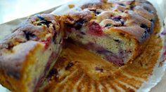 Raspberry, blueberry and lemon yoghurt loaf cake – so yummy!