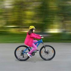 Echilibru in miscare! #scoaladesport #echilibruinmiscare #lectii #bicicleta #copii http://scoaladesport.ro/lectii-bicicleta-copii-incepatori/