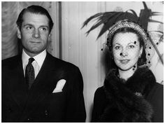 Laurence Olivier nonetheless nursed his wife and accepted her multiple affairs, yet exhausted, he decided to divorce in 1958. Description from theredlist.com. I searched for this on bing.com/images