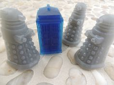 The Daleks Have The Phone Box door YeungerMoxey op Etsy https://www.etsy.com/nl/listing/157958457/the-daleks-have-the-phone-box