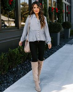 Tops – Page 20 – VICI Dress Bar, Fashion Outfits, Fashion Clothes, Fashion Trends, Pretty Lights, Grey Top, Black Skinnies, Collars, Fitness Models