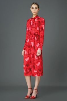 Oh.  I wonder if I could have this to wear for Valentine's Day! -Elizabeth   Valentino Pre-Fall 2015 - Collection - Gallery - Style.com