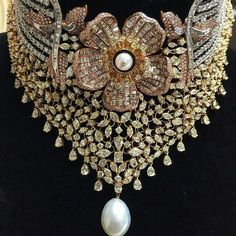 @imtiazmotiwala #Diamond #choker in white, rose and yellow gold with pearl