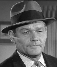 """Leo Gordon (1922 - 2000) Tough guy actor who appeared in many films, including """"Hondo"""", """"Riot in Cell Block 11"""", """"Quantrill's Raiders"""", and """"Tobruk"""", he also appeared in the TV series """"Maverick"""""""