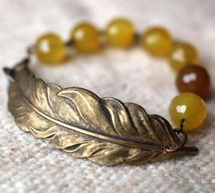beaded feather bracelet -- want to make this!