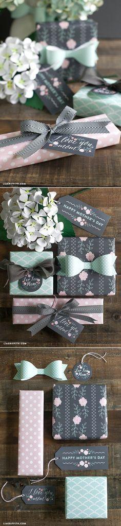 #Mothersdaygift #printablegiftwrap at www.LiaGriffith.com