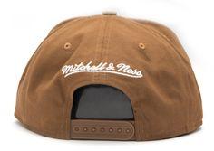 A Mitchell & Ness conseguiu conquistar um público que consome o nome da própria marca, além das bem-sucedidas linhas com times da NBA, NHL e NFL. A coleção da M&N Brand possui snapbacks, strapbacks,...