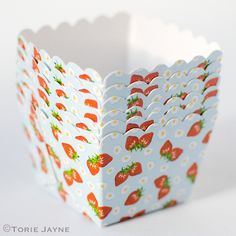 Square baking cups are a lovely alternative to the usual baking cupcake cases, you can use them just like regular cupcake cases or due to their sturdy nature they are great used as little display bowl Cupcake Cases, Baking Cups, Baking Cupcakes, Strawberry, Tableware, Party, Kitchen, Food, Dinnerware