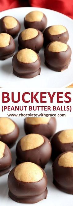 Buckeyes Peanut Butter Balls l Christmas Candy recipe #buckeyes #christmasrecipes #christmascandy Perfect for christmas cookies trays, exchanges and swaps