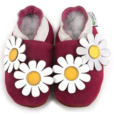 Add to your baby's cute style with these soft sole leather baby shoes from Augusta products. The shoes  feature a non-slip sole, cotton lining, rounded toe, and an easy on off design. Leather Baby Shoes, Leather Booties, Baby Girl Shoes, Girls Shoes, Baby Girls, Baby Gifts To Make, Daisy Girl, Daisy Daisy, Crib Shoes