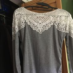 Long Sleeve Lace Top Unknown brand. I received this as a gift and I never wear it Tops Tees - Long Sleeve