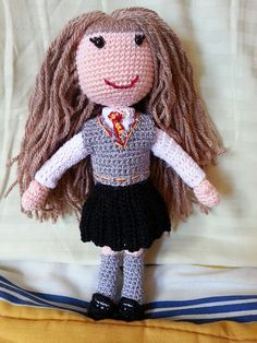 """Hermione Granger Doll from Harry Potter - Free Amigurumi Pattern (English and Portuguese) - PDF Format - Click to """"download"""" here: http://www.ravelry.com/patterns/library/hermione-granger-doll"""