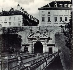 Medieval city walls in Vienna in the early Old Pictures, Old Photos, Austro Hungarian, Vienna Austria, Central Europe, Eastern Europe, Countries Of The World, Vintage Advertisements, Time Travel