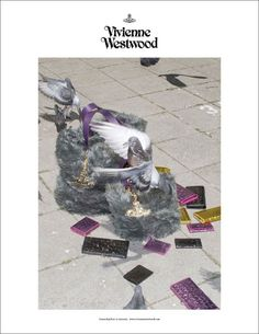 COUTE QUE COUTE: VIVIENNE WESTWOOD AUTUMN/WINTER 2010/11 ACCESSORIES ADVERTISING CAMPAIGN SHOT BY SEAN & SENG
