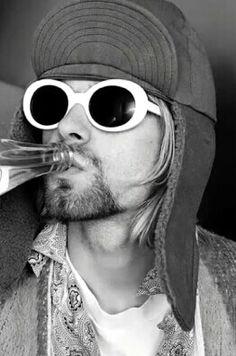 Kurt Cobain                                                                                                                                                                                 Mais