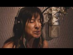 """Buffy Sainte-Marie & Tanya Tagaq """"You Got To Run (Spirit Of The Wind)"""" - YouTube Best Rock Music, I Love Music, Kinds Of Music, Native American Movies, Buffy Sainte Marie, Music Mixer, Still Picture, Celtic Thunder, Jazz Musicians"""