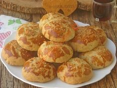 Outside Minced Meat, Soft Inside, Delicious Pastry: Unleavened Pe .- Lalanga Recipe, How To (With pictures) Pastry Recipes, Cake Recipes, Cheese Pastry, Turkish Kitchen, Pretzel Bites, Food Pictures, Tart, Muffin, Food And Drink
