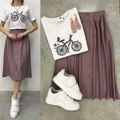 Girls Fashion Clothes, Teen Fashion Outfits, Modest Fashion, Look Fashion, Skirt Fashion, Korean Fashion, Fashion Dresses, Modest Outfits, Skirt Outfits