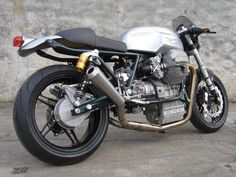 #Guzzi 850 LeMans #CafeRacer #bikes #fb