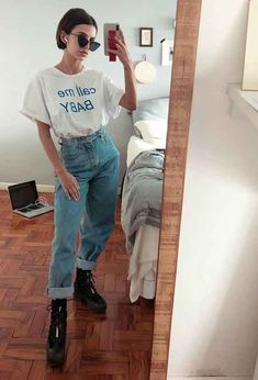 Retro Outfits, Cute Casual Outfits, Jean Outfits, Vintage Outfits, Fashion Outfits, Look Fashion, Stylish Outfits, Aesthetic Look, Aesthetic Clothes