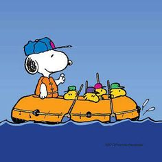 .he's making the Woodstock & his buddies do all the rowing ha~