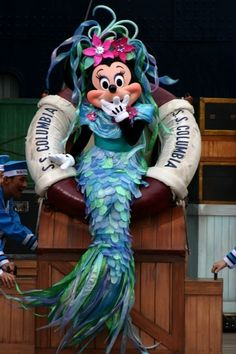 Mermaid Minnie - Tokyo Disney Sea - When you thought Minnie couldn't get any cuter they come up with a Mermouse Minnie