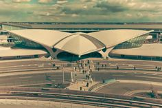 Last week, Open House New York held a special panel discussing the plans for the TWA Flight Center Hotel, offering a sneak peek of some of its new features.