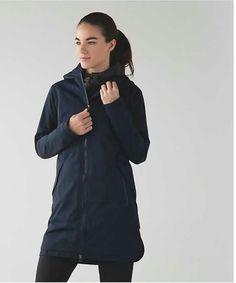 Lululemon Definitely raining jacket in inkwell