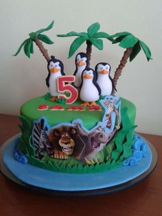 Madagascar Cake Madagascar Themed Party In 2019 Cake
