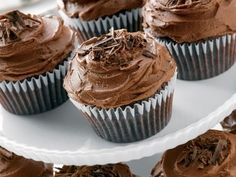 21 Ingredients and Directions of Devilishly Delicious Chocolate Cupcakes Recipe …    This is a super easy and yummy recipe – moist and chocolaty without being too sweet, just perfect. You can sprinkle crushed candy cane and …
