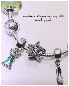 Pandora has become my obsession over the past year or 2. How couldn't it be with all of the incredible releases! I am going to start this reveal by saying that if you are not following Mora Pandora yet, you should be. They are the reason I have learned about these new charms…. follow them …