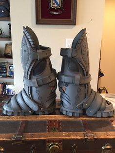 Eva foam boots handcrafted highly detailed one week per boot by lordmasondesigns.com & Eva foam gears of war armor with led lights | my cosplays ...