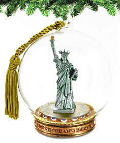 New York City Christmas Souvenir Gift NYC Statue of Liberty Wreath Ornament