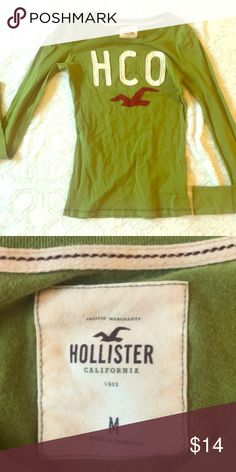 23c81204a209 Hollister CA ladies long sleeved logo tee Super cute ladies Hollister Logo  Tee Lime green with