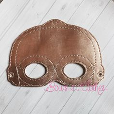 Gold Space Robot Mask – Bows and Clothes
