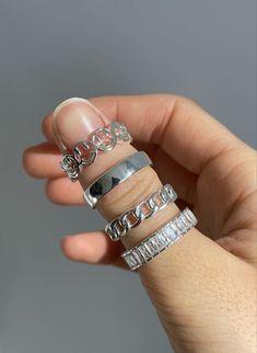 Hand Jewelry, Cute Jewelry, Jewelry Rings, Silver Jewelry, Jewelry Accessories, Golden Jewelry, Fashion Rings, Fashion Jewelry, Grunge Jewelry