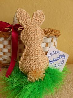 motaničky: háčkovaný zajačik