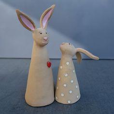 Fantastic No Cost Ceramics pottery animals Ideas MO Keramik: Originelle Keramik – kreativ und einzigartig. Pottery Animals, Ceramic Animals, Clay Animals, Pottery Painting, Ceramic Painting, Ceramic Art, Ceramic Pottery, Pottery Art, Pottery Shop