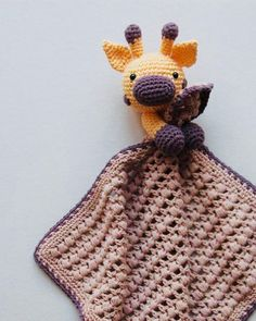 Right here you can see the recipe for Nussegiraffen Gilbert. The ears, horns and nostril are made by expert Heidi Cilia Søborg and I've been lucky sufficient to Her finder du opskriften på nussegiraffen gilbert Giraffe lovey - I love that he's holding t Crochet Giraffe Pattern, Crochet Lovey, Crochet Baby Toys, Crochet Amigurumi, Love Crochet, Crochet For Kids, Baby Knitting Patterns, Crochet Dolls, Crochet Patterns