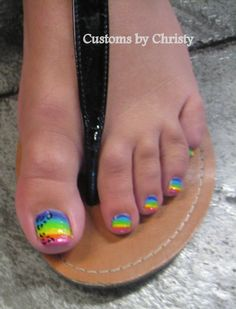 rainbow painted toes