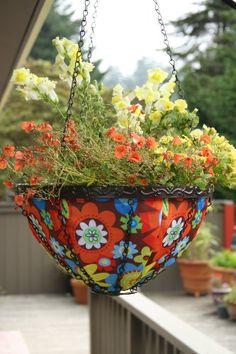 Special Offers - Toland Home Garden Bright Blooms 14-Inch 2-Gallon Decorative Insulated Hanging Art Planter Basket 202037 - In stock & Free Shipping. You can save more money! Check It (July 17 2016 at 12:42PM) >> http://herbgardenplanters.net/toland-home-garden-bright-blooms-14-inch-2-gallon-decorative-insulated-hanging-art-planter-basket-202037/