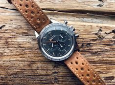 Omega Speedmaster 1957 Trilogy Limited Edition on a B&R Band. - Omega Speedmaster 1957 Trilogy Limited Edition on a B&R Bands racing strap. Omega Speedmaster 1957, Omega Seamaster, Burberry Men, Gucci Men, Watches For Men, Men's Watches, Watch Bands, Loafers Men, Omega Watch